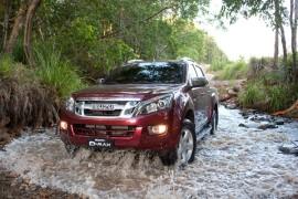 2012-isuzu-dmax-4x4-ls-terrain-crew-cab-3-270x180